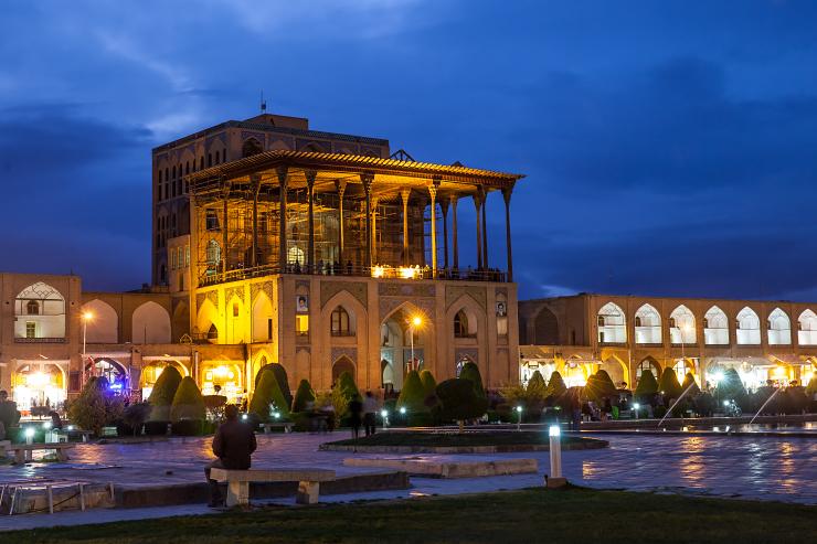 Meydan-e Naqsh-e Jahan, Esfahan, Iran, Ali Qapu